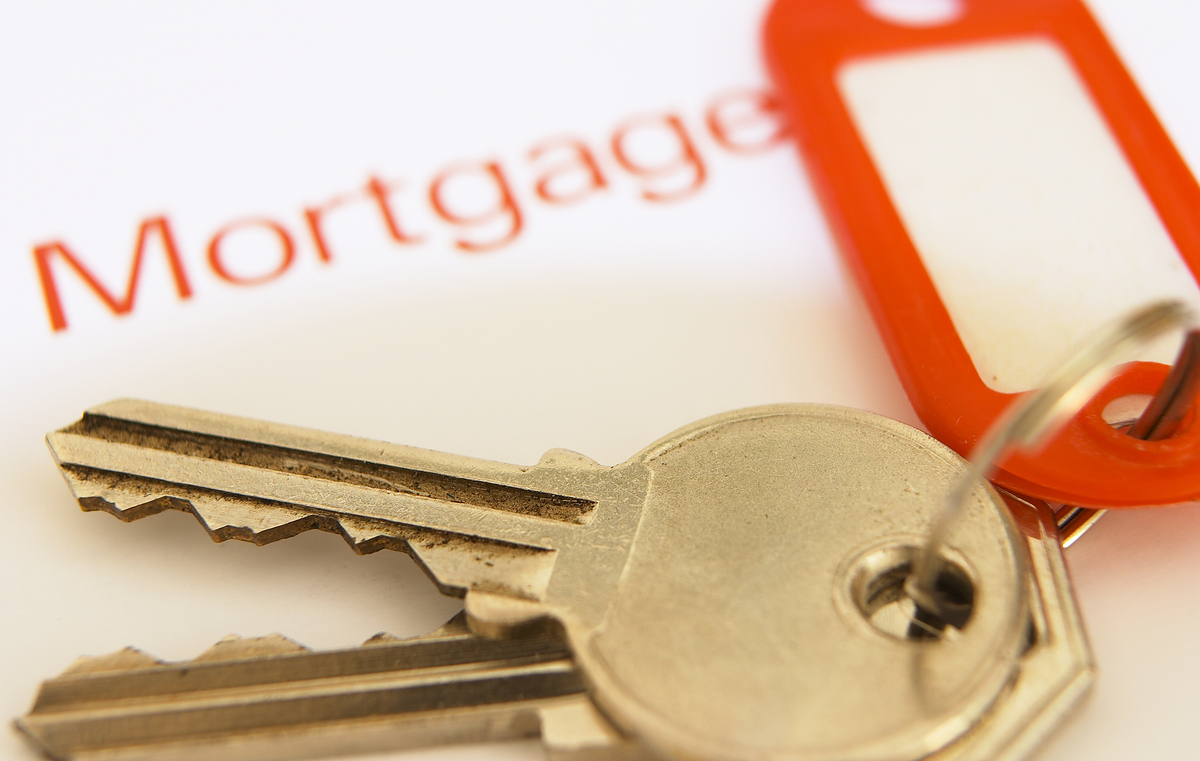 bigstockphoto_mortgage_key__162982.jpg